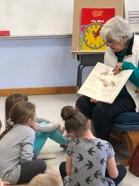 Mrs. Jeanne Beal reads to students!