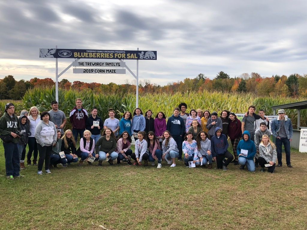 7-12th graders at Treworgy Family Orchards
