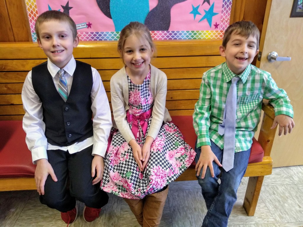 Second Grade dresses up today!
